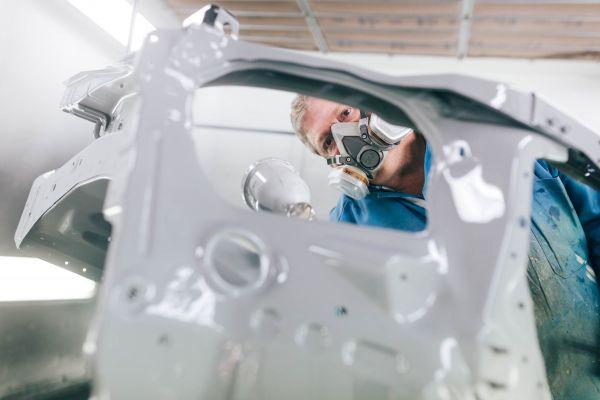 autozangerl-corporateimage-lackiererei-web-kg-0295892229FB-235C-303A-186D-3D0C1A9E5D67.jpg